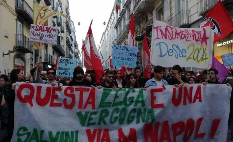 Napoli Salvini