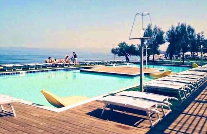 Le 5 Piscine Di Napoli Più Belle Tra Relax E Movida