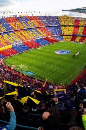UEFA, rinviata Barcellona-Napoli