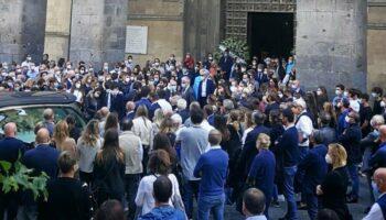 napoli chiesa santa chiara funerale bambino 11 anni