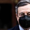 Il Premier Draghi firma il nuovo Dpcm